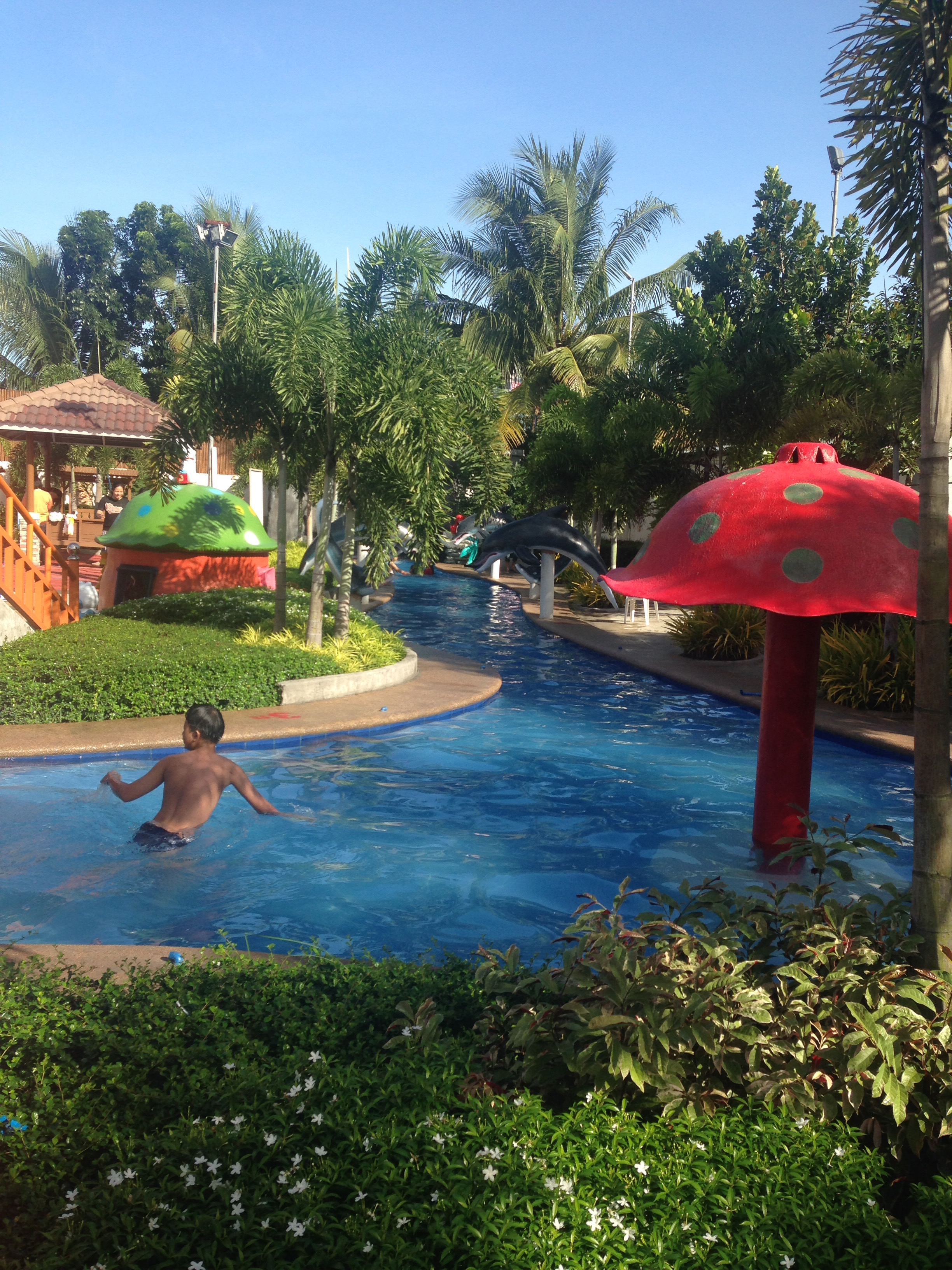 Rio s 2nd birthday celebration at tubigan garden resort for Pool garden resort argao